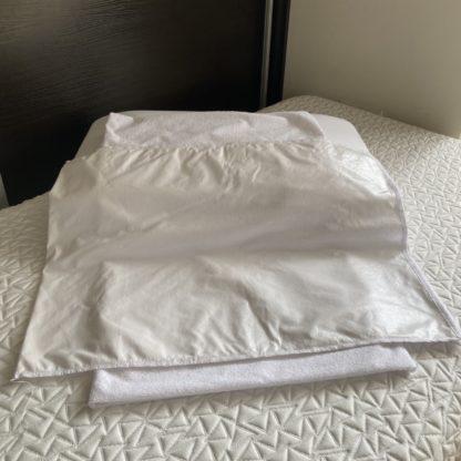 Влагозащитный чехол на подушку 3